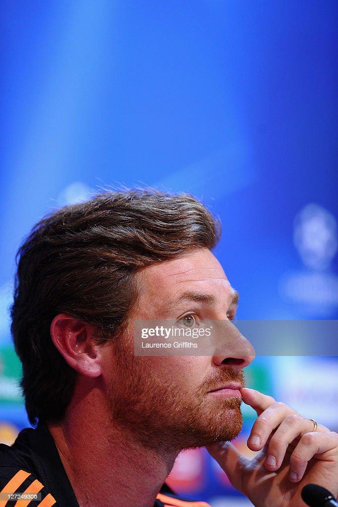 Chelsea Training Session & Press Conference : ニュース写真