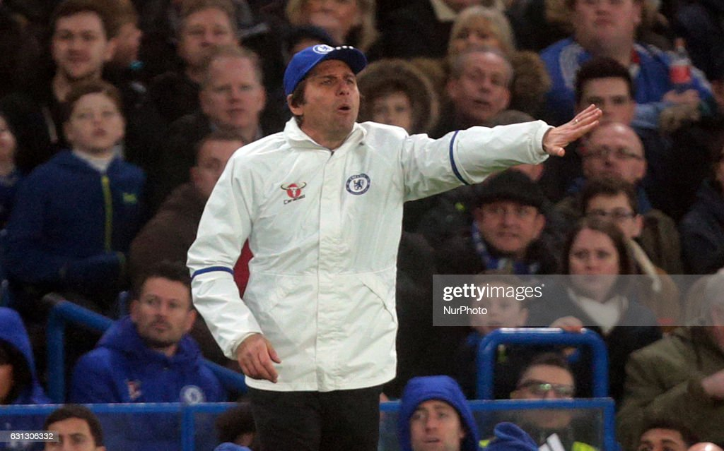 Chelsea v Peterborough United - The Emirates FA Cup Third Round : News Photo