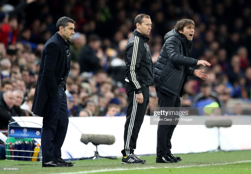 Chelsea manager Antonio Conte (right) gestures on the touchline during the UEFA Champions League round of sixteen, first leg match at Stamford Bridge, London.
