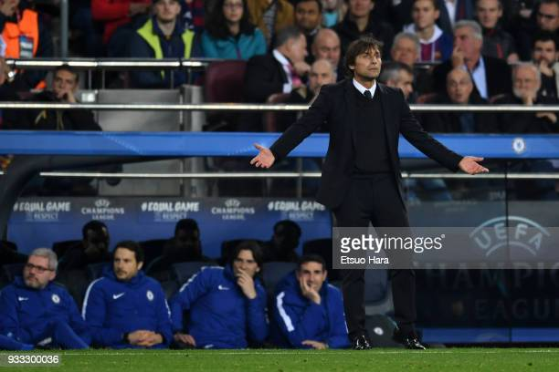 Chelsea manager Antonio Conte reacts during the UEFA Champions League Round of 16 Second Leg match FC Barcelona and Chelsea FC at Camp Nou on March...