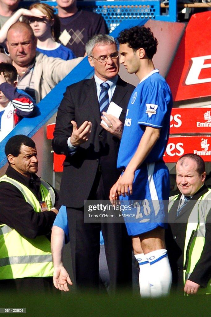 Soccer - FA Barclaycard Premiership - Chelsea v Everton : News Photo