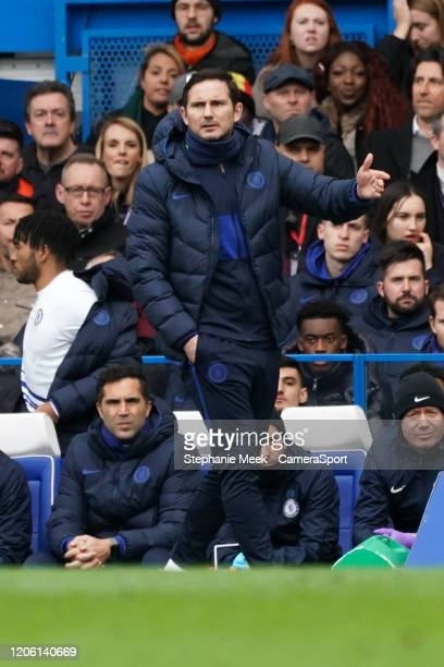 Chelsea manager Frank Lampard shouts instructions to his team from the dugout during the Premier League match between Chelsea FC and Everton FC at...