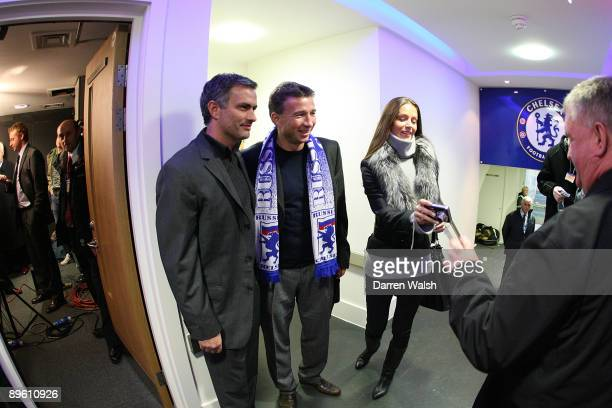 Chelsea manager Jose Mourinho poses with former Chelsea player Dan Petrescu before the FA Barclays Premiership match between Chelsea and Newcastle...