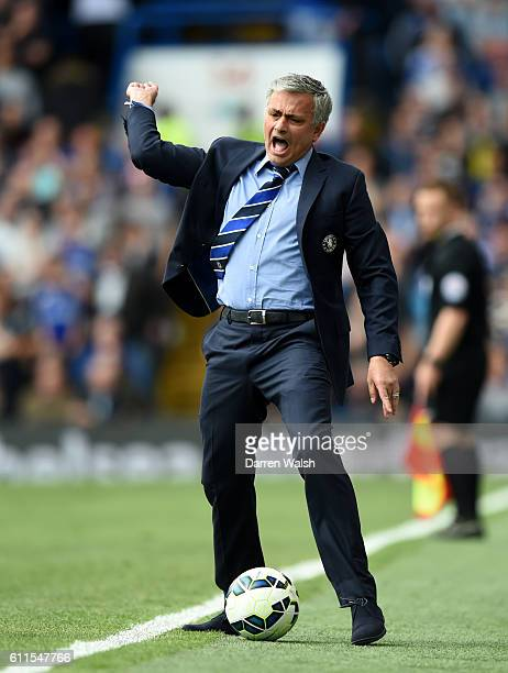 Chelsea manager Jose Mourinho shows his frustration on the touchline