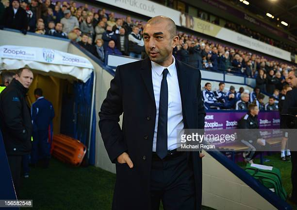 Chelsea manager Roberto Di Matteo looks on during the Barclays Premier League match between West Bromwich Albion and Chelsea at The Hawthorns on...