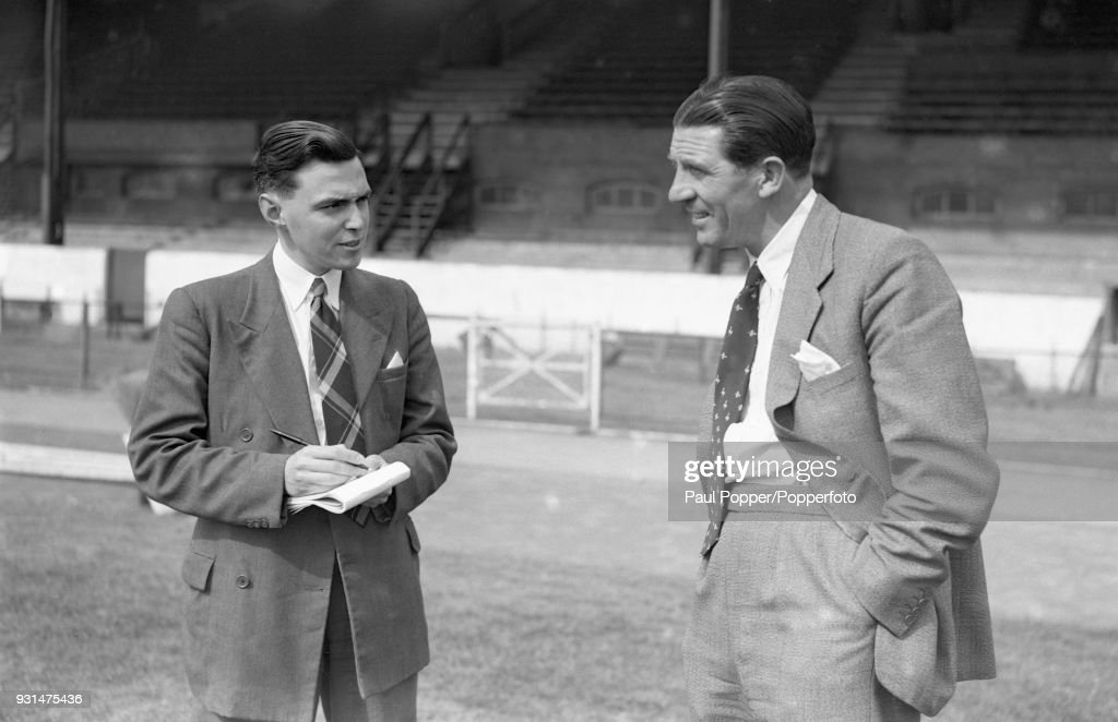 Chelsea Manager Ted Drake With Albert Sewell : News Photo