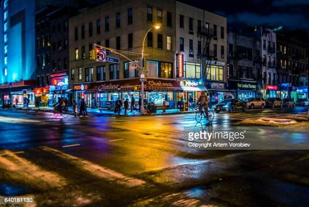 chelsea, manhattan in the evening - continente americano foto e immagini stock