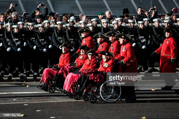 Chelsea pensioners parade during the annual Remembrance Sunday memorial at the Cenotaph on Whitehall on November 11 2018 in London England The...