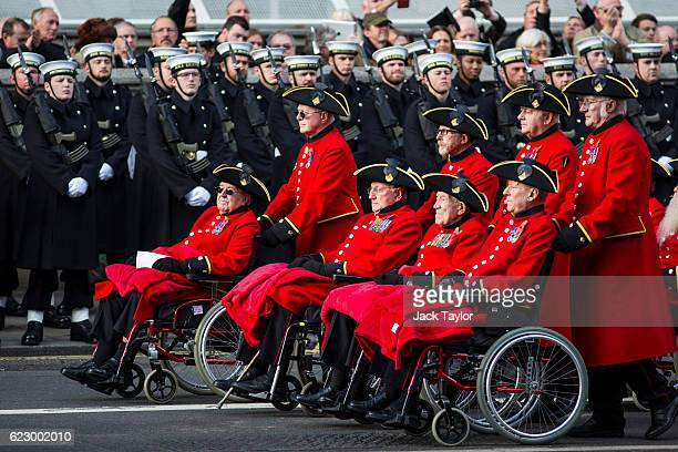 Chelsea Pensioners parade during the annual Remembrance Sunday Service at the Cenotaph on Whitehall on November 13 2016 in London England The Queen...