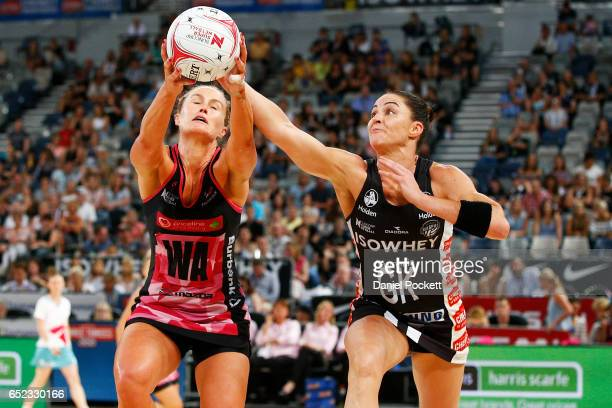 Chelsea Pitman of the Thunderbirds and Sharni Layton of the Magpies contest the ball during the round four Super Netball match between the Magpies...