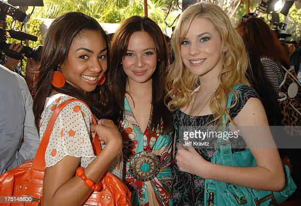 Chelsea Tavares Malese Jow and Emma Degerstedt of 'Unfabulous'