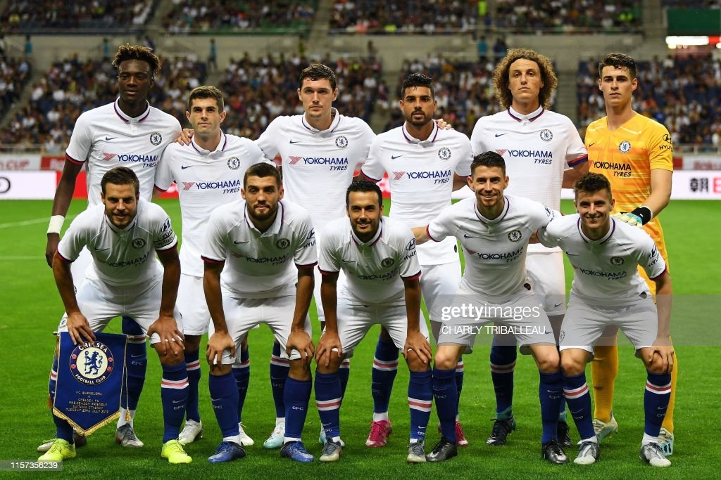 FBL-JPN-ENG-PR-ESP-LIGA-CHELSEA-BARCELONA : News Photo