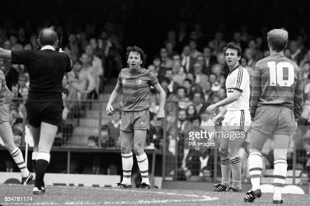 Chelsea winger Mickey Thomas he made Chelsea his sixth club to help them win promotion A welsh international he played for Wrexham Man Utd Everton...