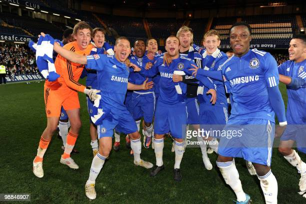 Chelsea youth team celebrate winning the FA Youth Cup Final 2nd leg match between Chelsea Youth and Aston Villa Youth at Stamford Bridge on May 4,...