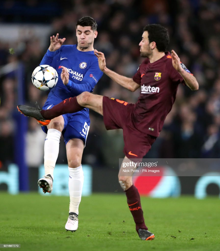 Chelsea's Alvaro Morata (left) and Barcelona's Sergio Busquets battle for the ball during the UEFA Champions League round of sixteen, first leg match at Stamford Bridge, London.