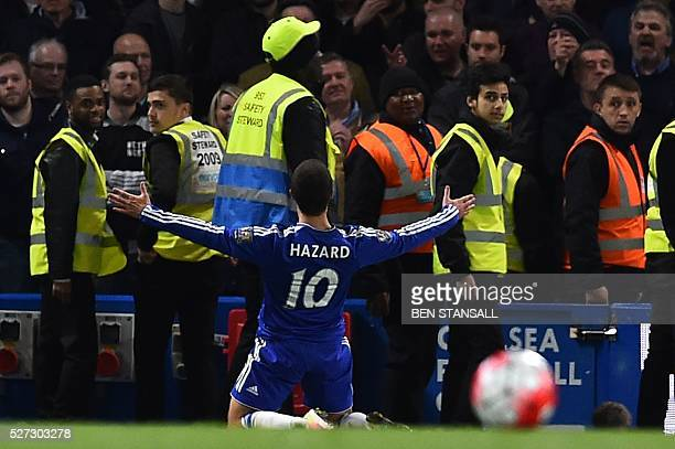 Chelsea's Belgian midfielder Eden Hazard celebrates scoring their second goal to level the score at 22 during the English Premier League football...
