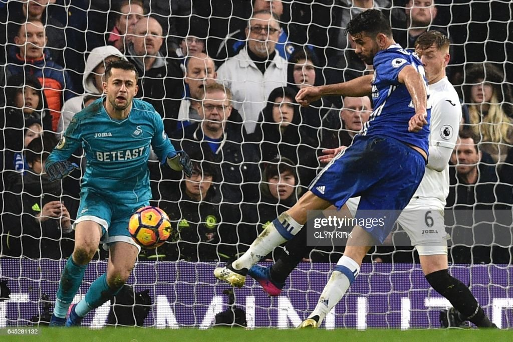 Chelsea's Brazilian-born Spanish striker Diego Costa (R) scores their third goal during the English Premier League football match between Chelsea and Swansea at Stamford Bridge in London on February 25, 2017. / AFP / Glyn KIRK / RESTRICTED TO EDITORIAL USE. No use with unauthorized audio, video, data, fixture lists, club/league logos or 'live' services. Online in-match use limited to 75 images, no video emulation. No use in betting, games or single club/league/player publications. /