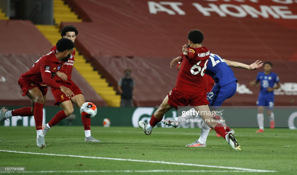 Liverpool v Chelsea - Premier League - Anfield : News Photo