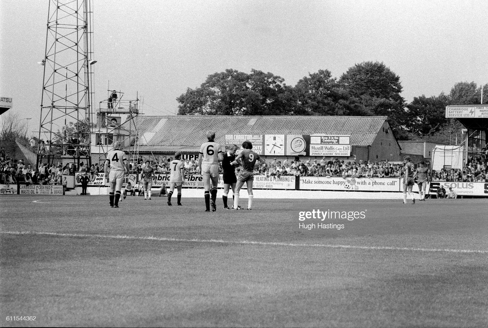 Soccer - Football League Division Two - Cambridge United v Chelsea, Abbey Stadium, Cambridge - 28th August 1982 : News Photo