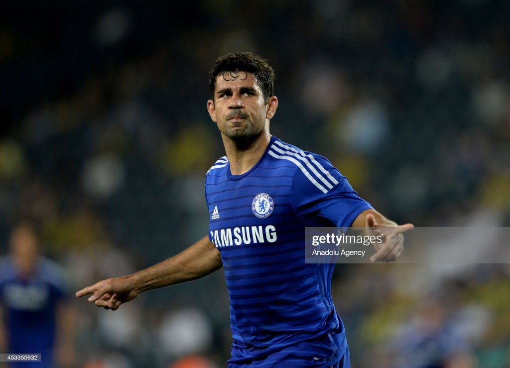 Charity tournament for the families of Soma victims: Chelsea vs Fenerbahce : News Photo