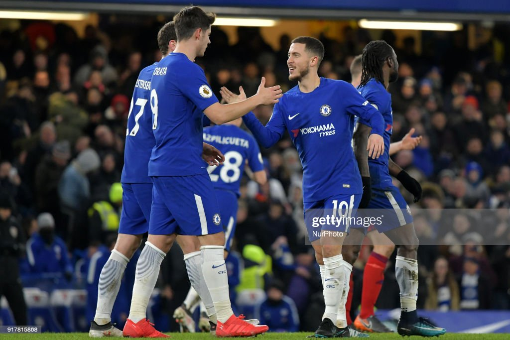 Chelsea v West Bromwich Albion - Premier League 2017/18 : News Photo