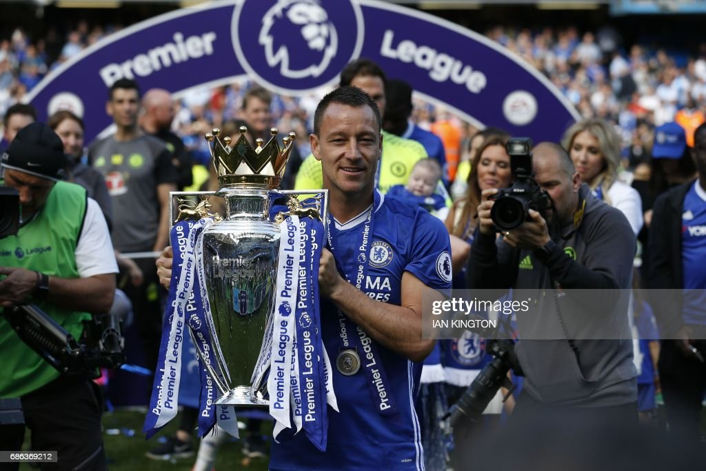 FBL-ENG-PR-CHELSEA-SUNDERLAND-TROPHY : News Photo