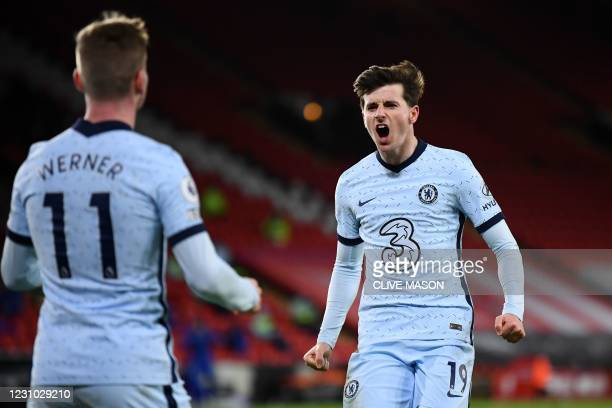Chelsea's English midfielder Mason Mount celebrates scoring the opening goal during the English Premier League football match between Sheffield...