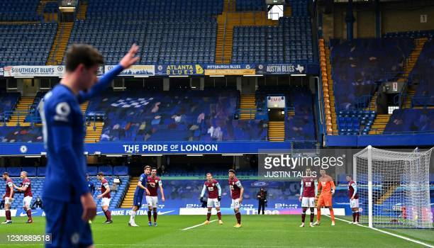 Chelsea's English midfielder Mason Mount prepares to take a corner kick during the English Premier League football match between Chelsea and Burnley...