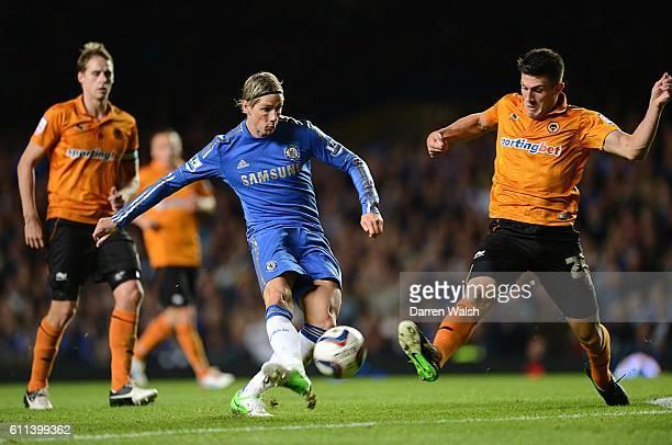Chelsea's Fernando Torres shoots