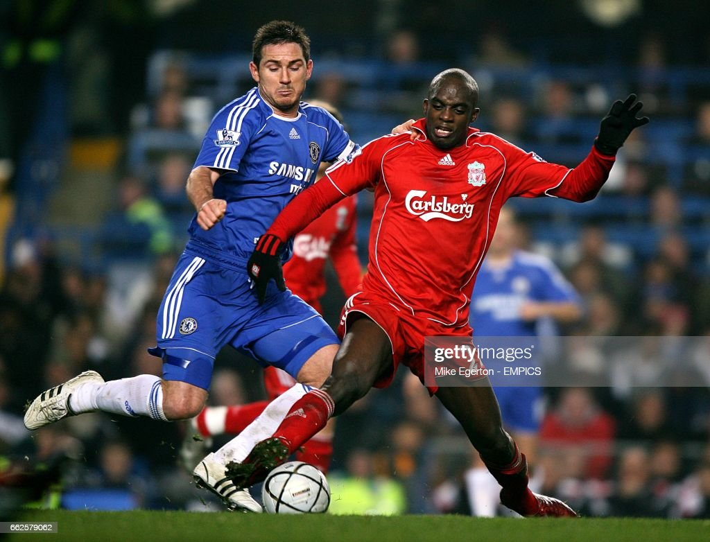 Soccer - Carling Cup - Quarter Final - Chelsea v Liverpool - Stamford Bridge : News Photo