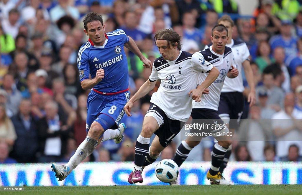 Soccer - Barclays Premier League - Chelsea v Tottenham Hotspur - Stamford Bridge : News Photo