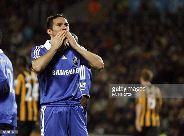 Chelsea's Frank Lampard celebrates his goal during a Barclays Premier League game at the KC Stadium in Hull England on October 29 2008 AFP PHOTO/IAN...