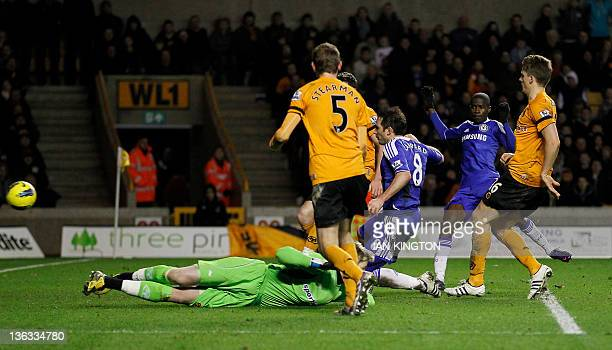 Chelsea's Frank Lampard scores his winning goal during the English Premier League football match between Wolverhampton Wanderers and Chelsea at...