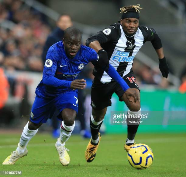 Chelsea's French midfielder N'Golo Kante vies with Newcastle United's French midfielder Allan SaintMaximin during the English Premier League football...