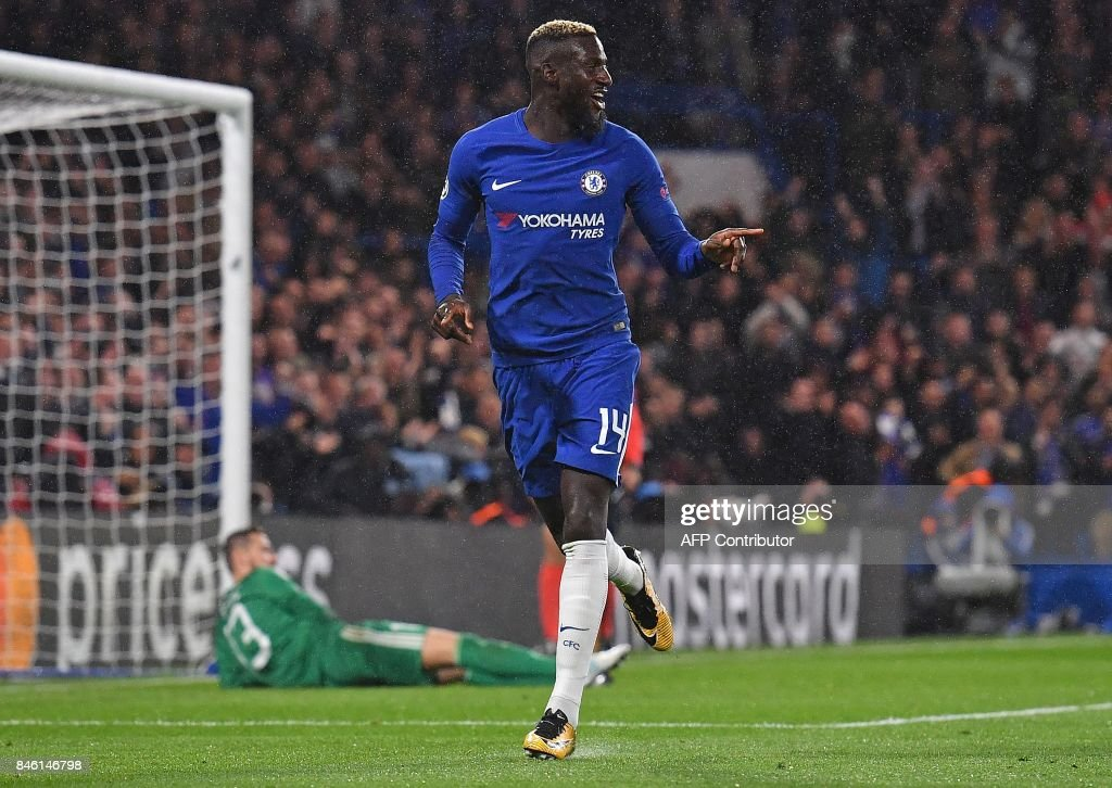 Chelsea's French midfielder Tiemoue Bakayoko celebrates scoring his team's fourth goal during the UEFA Champions League Group C football match between Chelsea and Qarabag at Stamford Bridge in London on September 12, 2017. / AFP PHOTO / Ben STANSALL