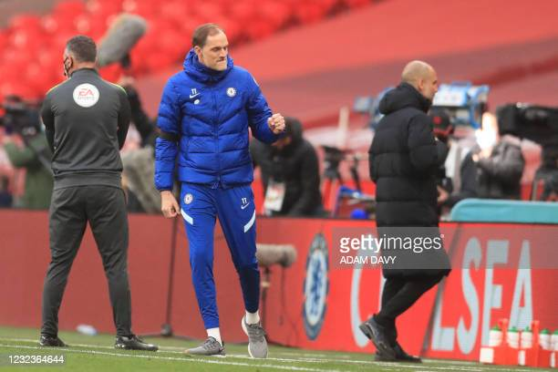 Chelsea's German head coach Thomas Tuchel celebrates at the final whistle in the English FA Cup semi-final football match between Chelsea and...