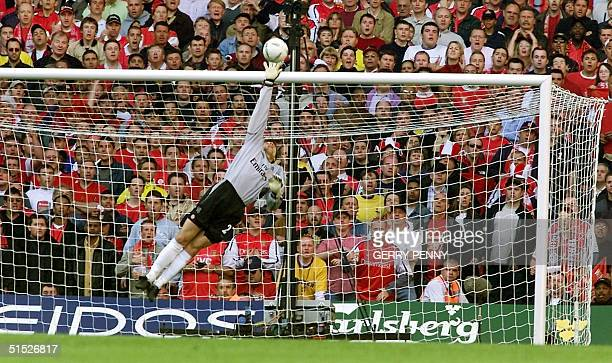 Chelsea's goalkeeper Carlo Cudicini fails to stop Ray Parlour's shot 04 May 2002 to put Arsenal in the lead as they went on to win the FA Cup beating...