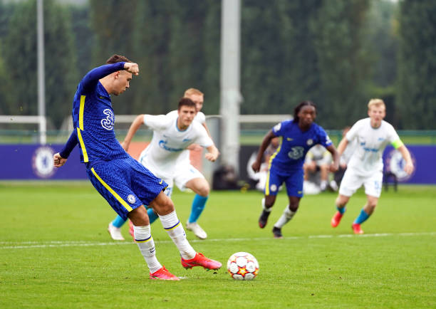 Chelsea's Harvey Vale scores their side's second goal of the game from the penalty spot during the UEFA Youth League, group H match at Cobham...