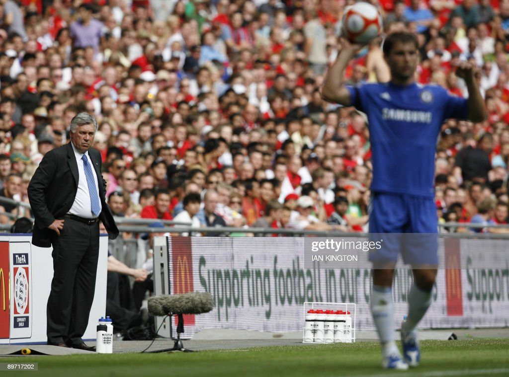 Chelsea's Italian Manager Carlo Ancelott : News Photo