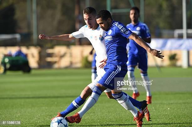 Chelsea's Jay DaSilva and FC Porto's Fernando battle for the ball
