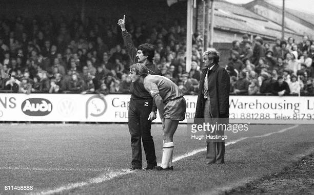 Chelsea's John Bumstead ready to take the field again, with Physio Norman Medhurst and manager John Neal.