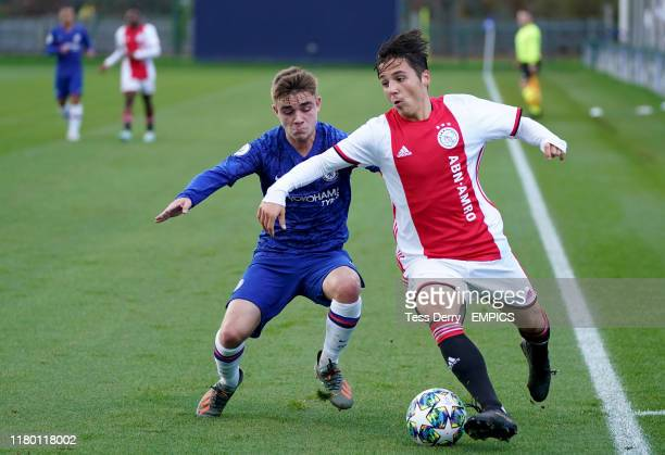 Chelsea's Lewis Bate and Ajax's Filip Frei battle for the ball Chelsea v Ajax UEFA Youth Champions League Group H Cobham Training Ground