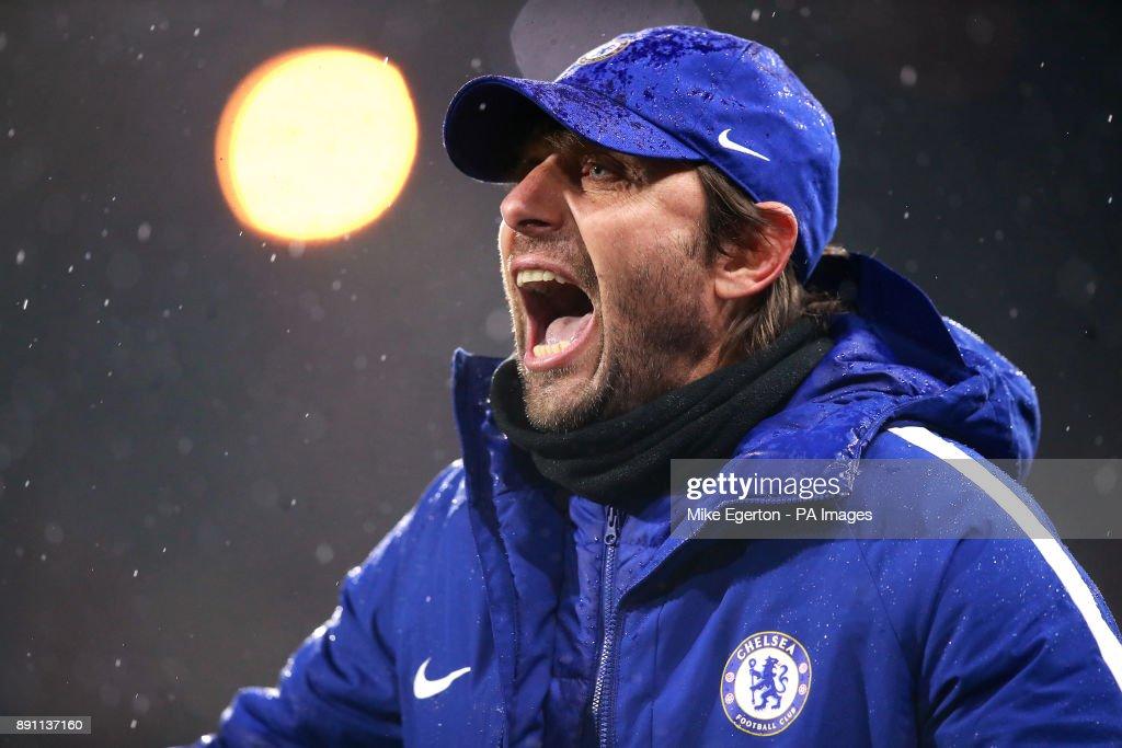 Huddersfield Town v Chelsea - Premier League - John Smith's Stadium : News Photo