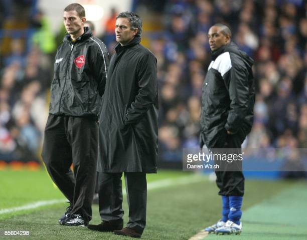 Chelsea's manager Jose Mourinho and Macclesfield Town's manager Paul Ince stand on the touchline