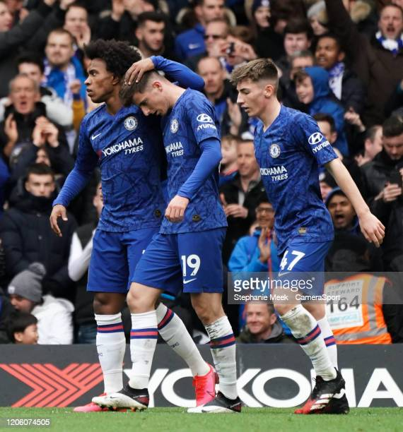 Chelsea's Mason Mount celebrates scoring his side's goal with teammate Willian during the Premier League match between Chelsea FC and Everton FC at...