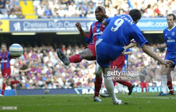 Chelsea's Mateja Kezman scores his first goal of the match during their Premiership match against Crystal Palace 19 March 2005 at Chelsea's grounds...