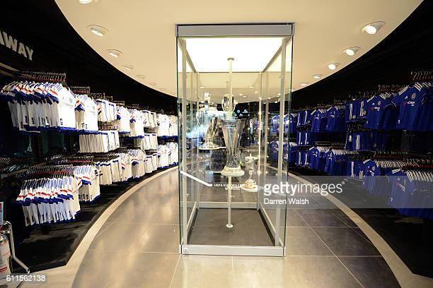 23 Chelsea Fc Megastore Pictures, Photos & Images - Getty Images