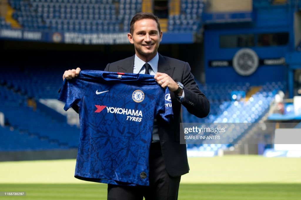 FBL-ENG-PR-CHELSEA-LAMPARD : News Photo