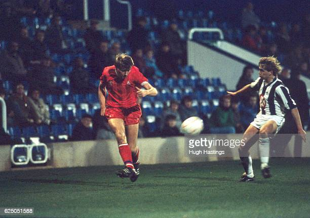 Chelsea's Nigel Spackman during the Full Members' Cup Southern Area Final match between West Bromwich Albion and Chelsea at The Hawthorns on November...