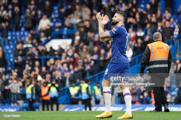 Chelsea's Olivier Giroud applauds the fans at the final whistle during the Premier League match between Chelsea FC and Everton FC at Stamford Bridge...
